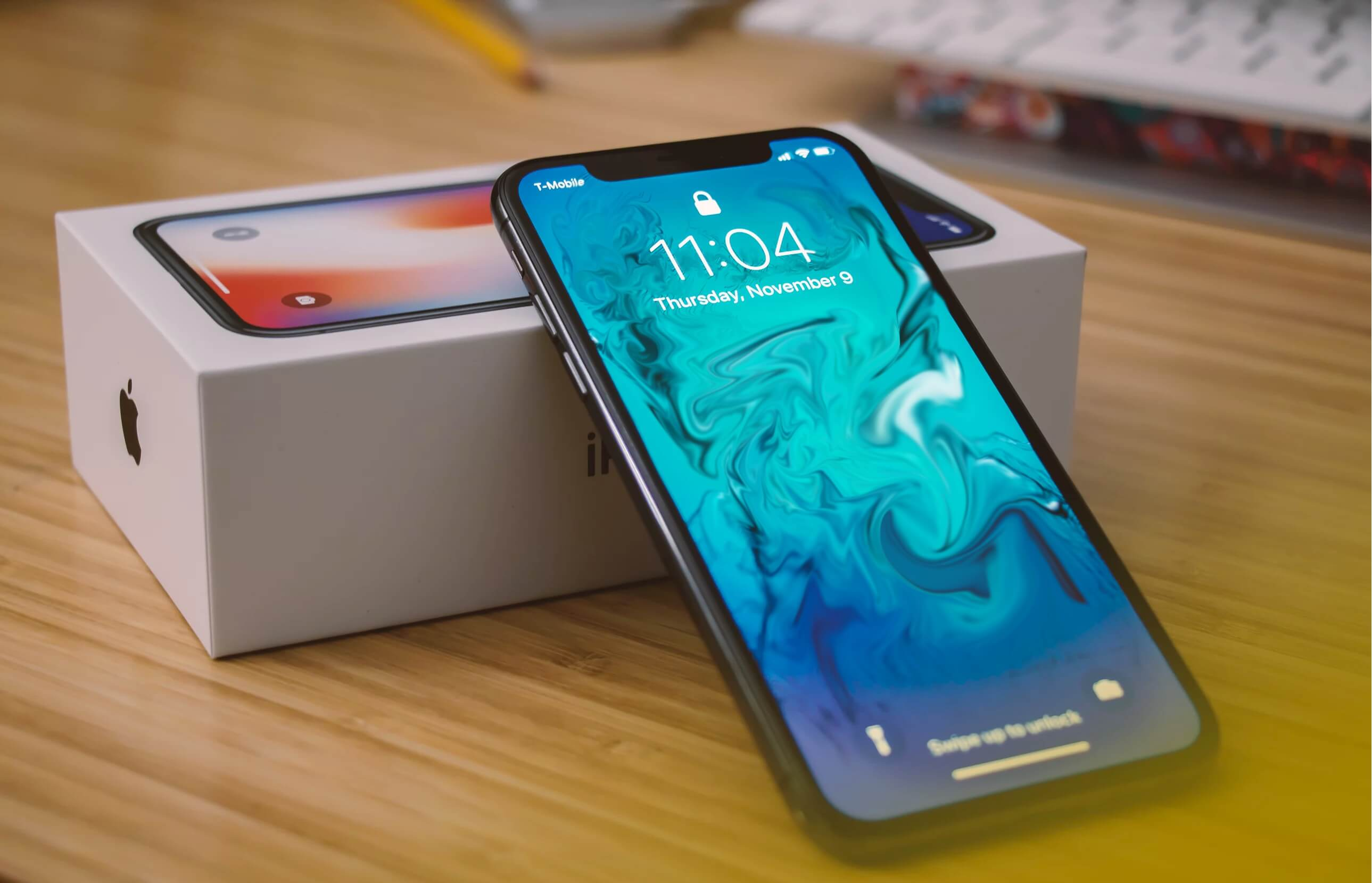 Review the iPhone X